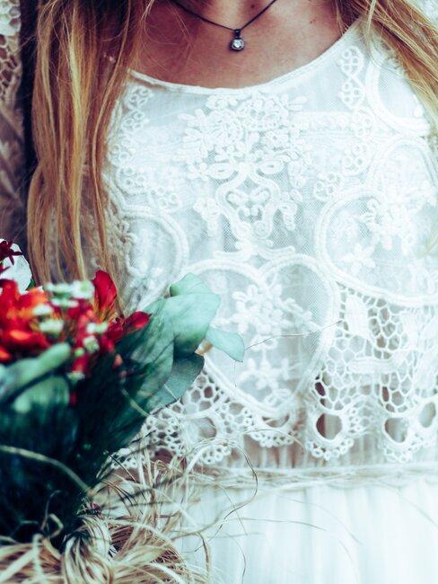 Folklórna výzdoba a svadobné šaty