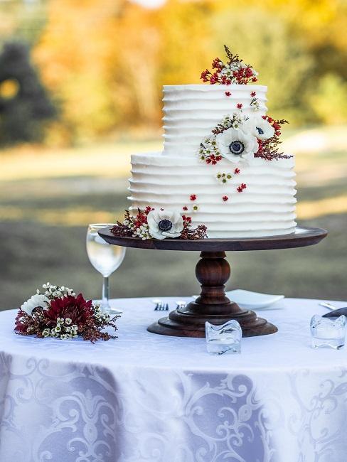 Vintage svadobná torta