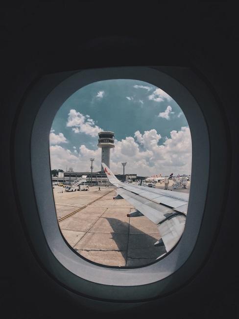 Pohľad z okna lietadla