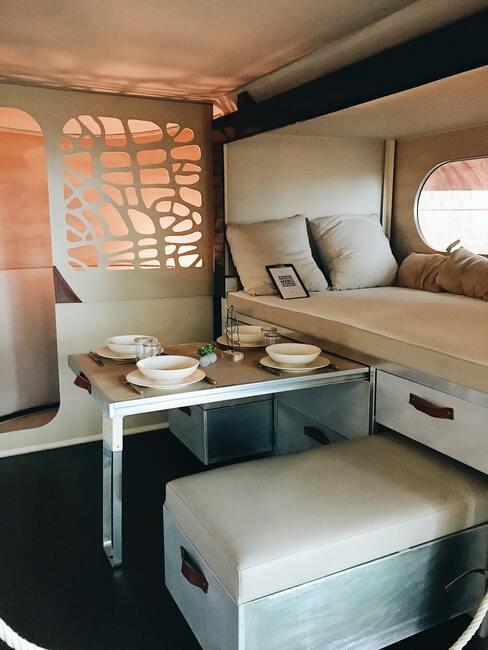 Interiér a vybavenie karavanu