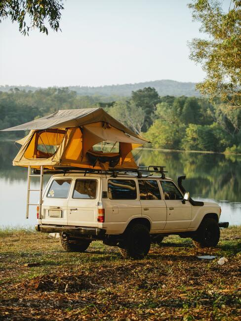 Autokemp pri jazere
