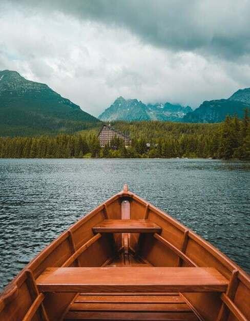 relax pri jazere