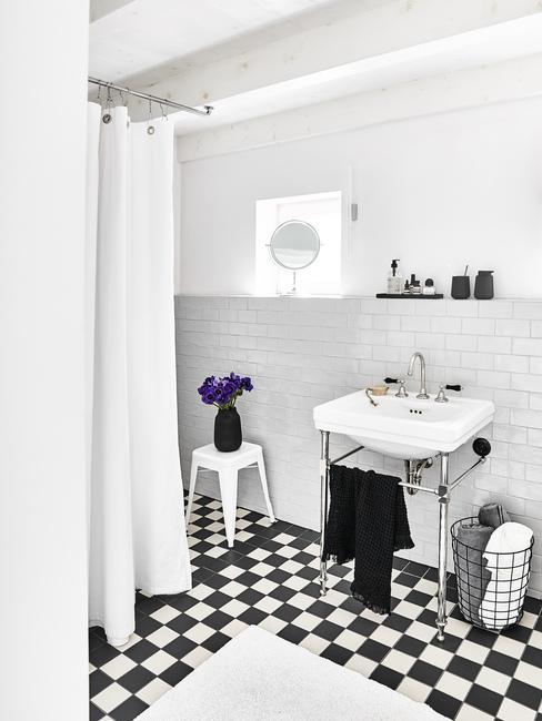 Mozaiková dlažba v kúpeľni