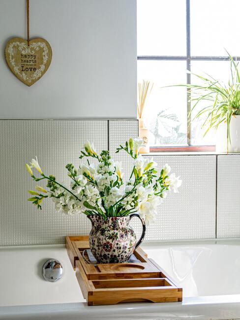 Kvety v kúpeľni