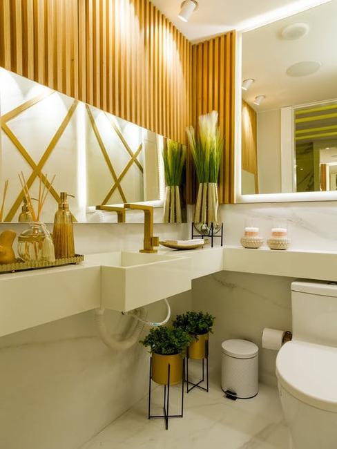 kúpeľňa a drevo