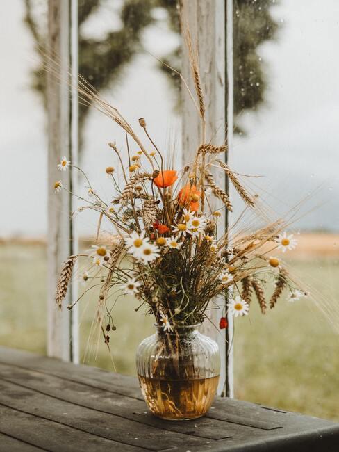 Aranžovanie lúčnych kvetov