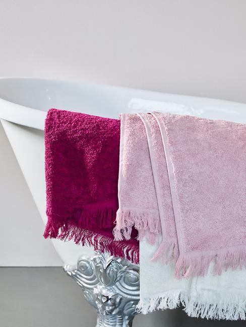 Kúpeľňové doplnky: textílie