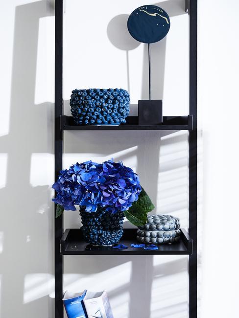 Doplnky do bytu: modrá farba