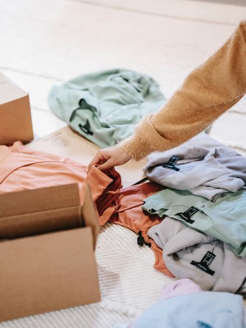 Second hand a výpredaj oblečenia