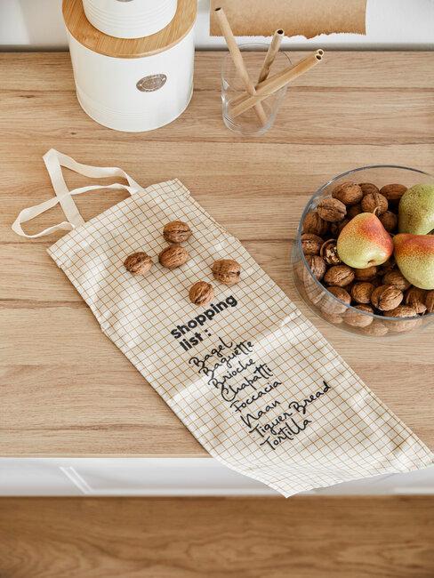 ekologická taška v kuchyni