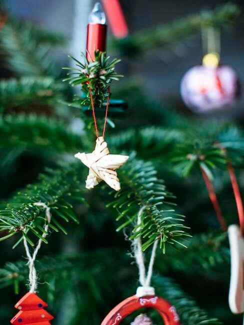 zelený vianočný stromček