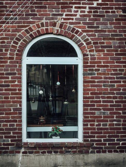 Visiaca vianočná výzdoba na okná