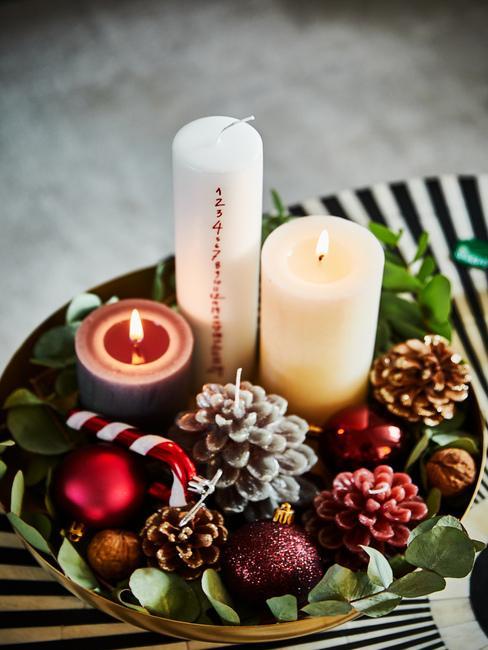 Vianočné dekorácie: stôl