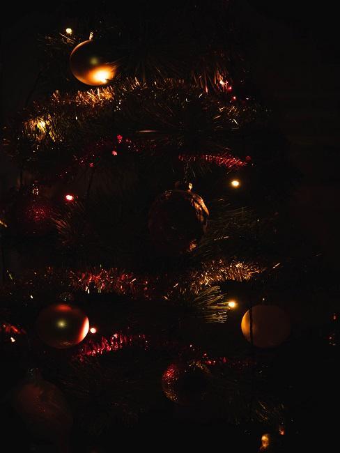 Vianočný výzdoba v tme
