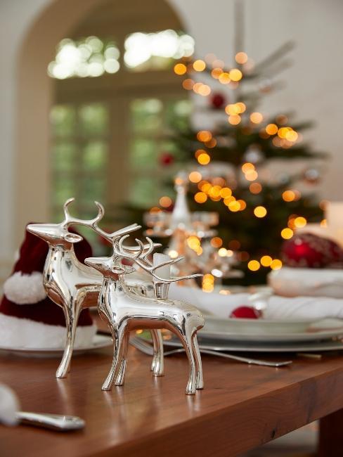 vianočný stromček v pozadí
