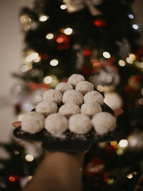 Vianočné kosové guľôčky