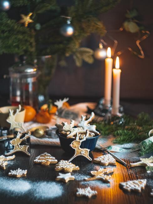 Vianočné medovníky na vianočnom stole