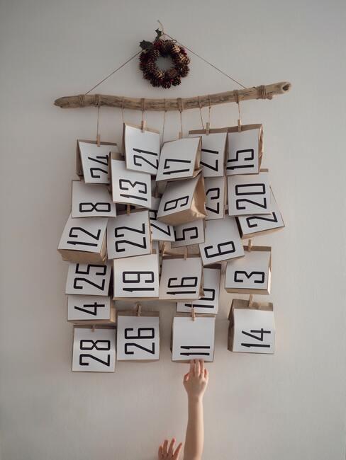 Nástenný adventný kalendár