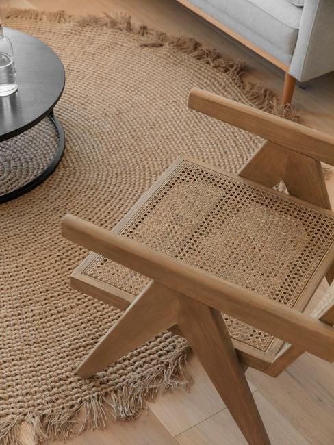 Jutový koberec