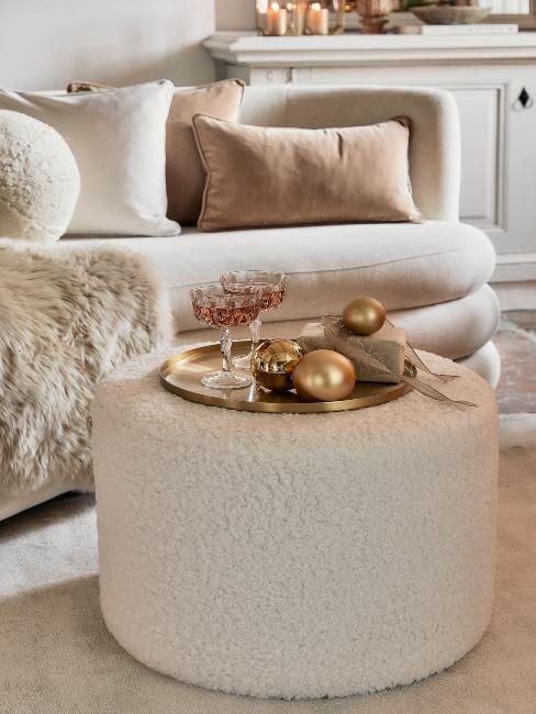 zlato-béžová vianočná dekorácia