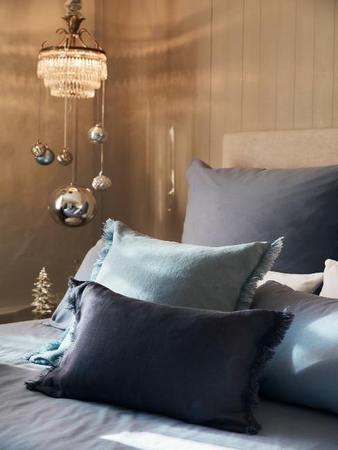 modro-zelené vianočné textílie