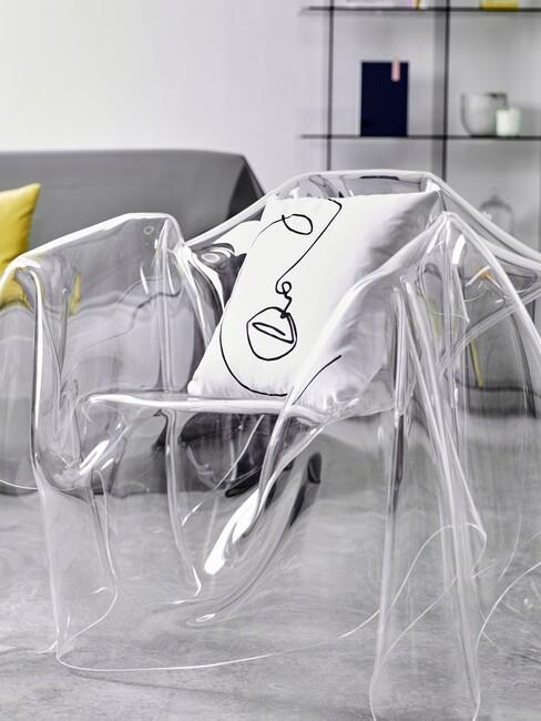 transparentné akrylové dizajnové kreslo