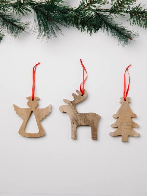 Výroba vianočných ozdôb: drevení anjelikovia
