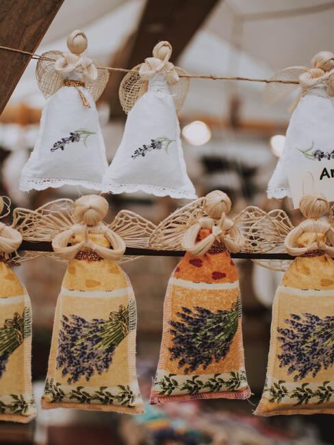 Výroba vianočných anjelikov: jutoví anjelikovia