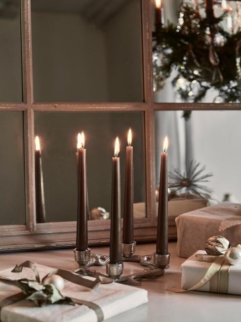 sviečky a vianočné darčeky