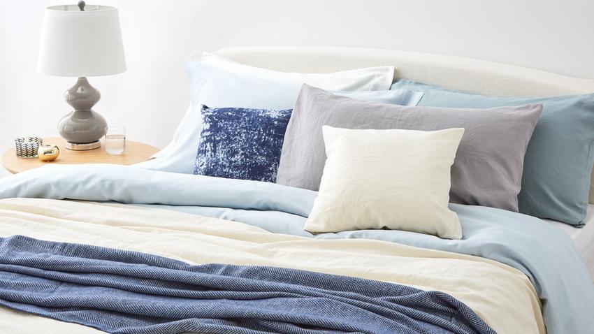 postrovaná postel 200 x 200