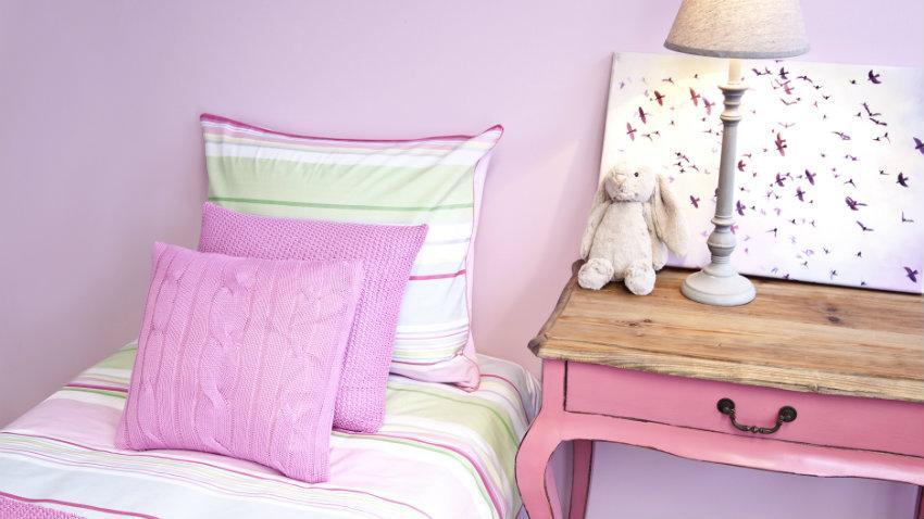 vysouvací postel do pokoje pro teenagery