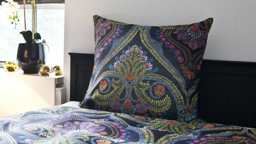 Futonová postel