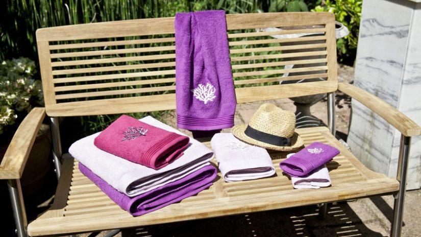 fialová sada ručníků