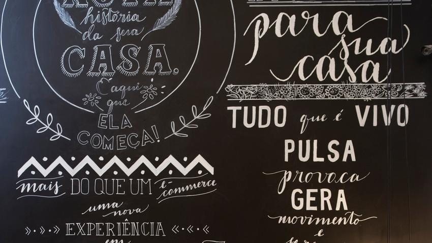 Papel pintado con letras