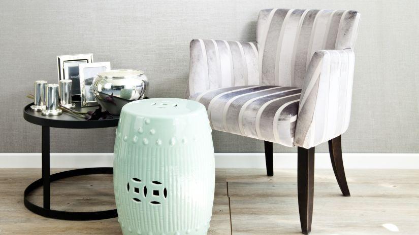 fauteuil à rayures
