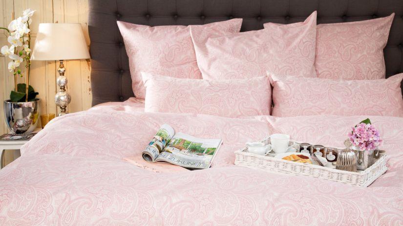 housse de couette romantique de couleur rose