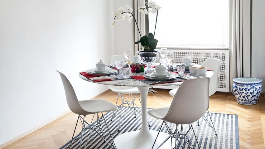 Tables blanches