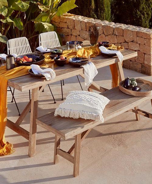 Tables de jardin en bois