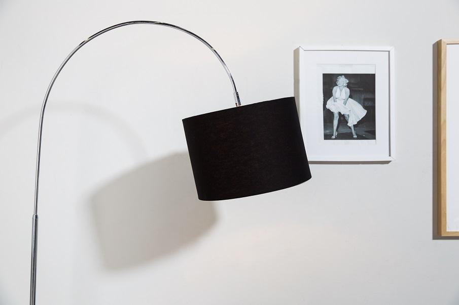 lampadaire noir arceau