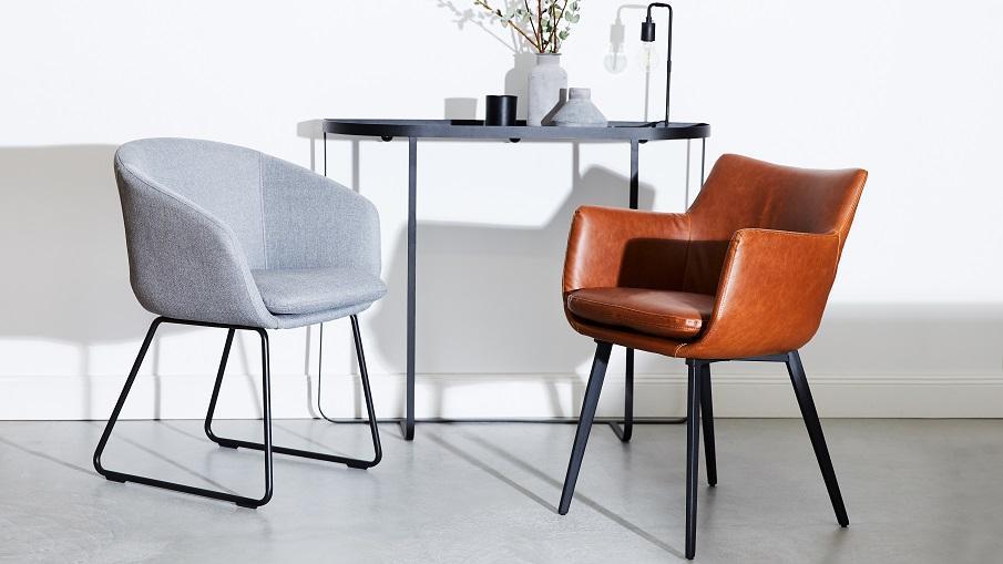 chaise vintage en cuir et grise
