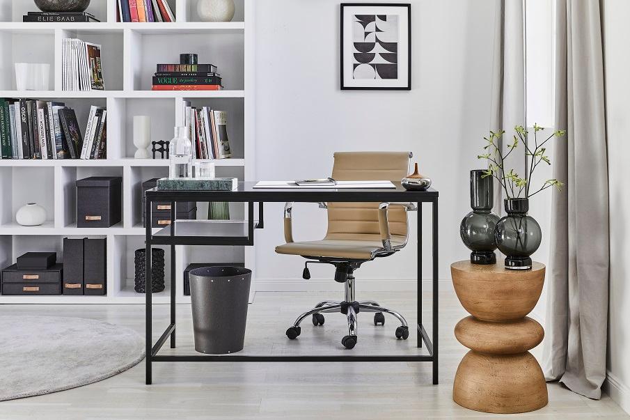 bureau style console noire épurée