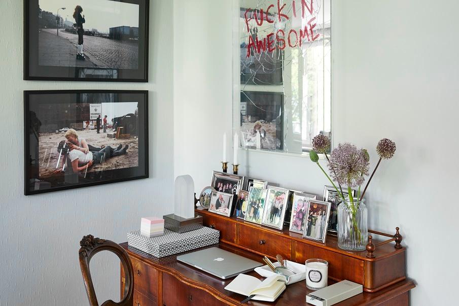 bureau vintage en bois foncé