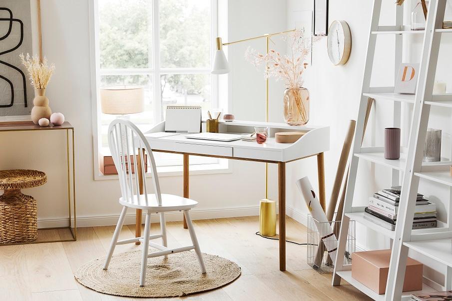chaise de bureau vintage en bois blanc