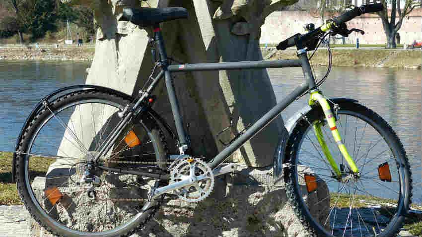 Caschi per mountain bike