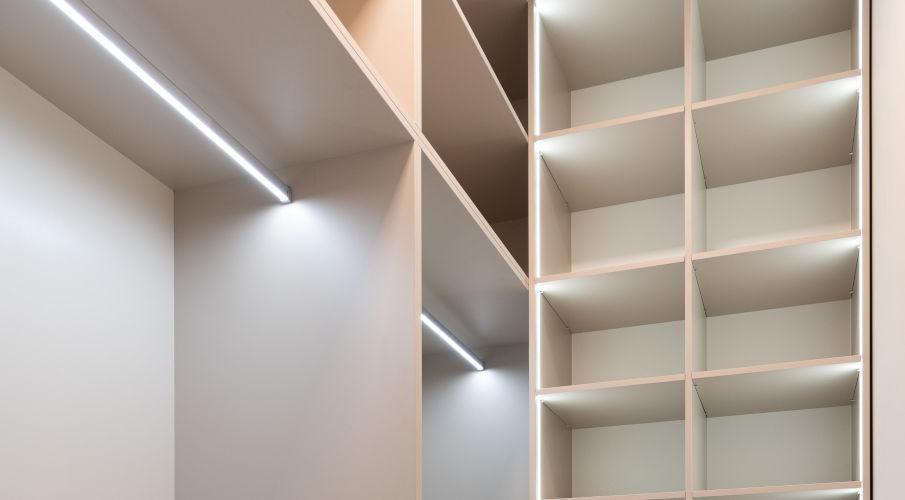 luce armadio