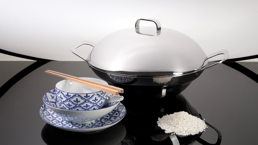 Gietijzeren wok