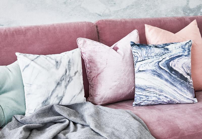 Oud roze kussens