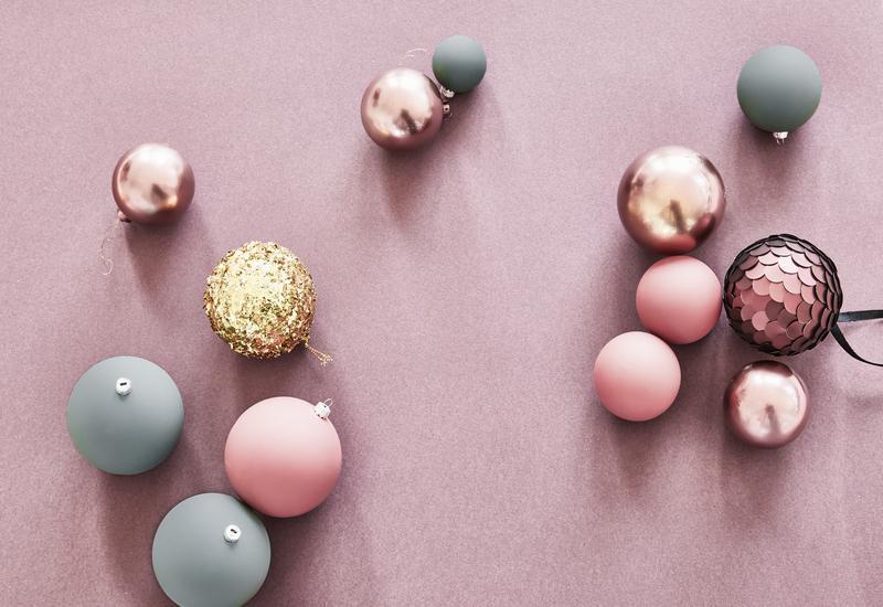 Mini kerstballen in verschillende kleuren