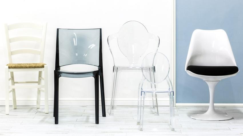 Nowoczesne krzesła z różnych materiałów