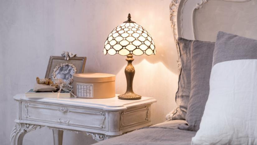 lampka nocna w stylu vintage